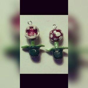 Jewelry - Piranha earrings
